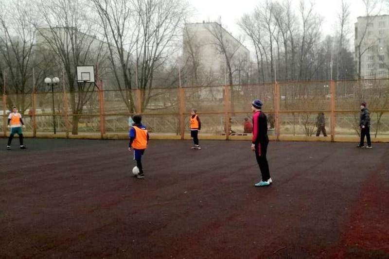 Финал турнира по мини-футболу среди детских дворовых команд стартовал в Мытищах