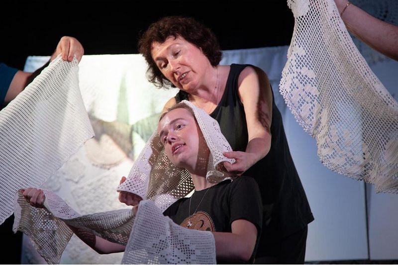 Актеры мытищинского театра кукол «Огниво» репетируют новый спектакль