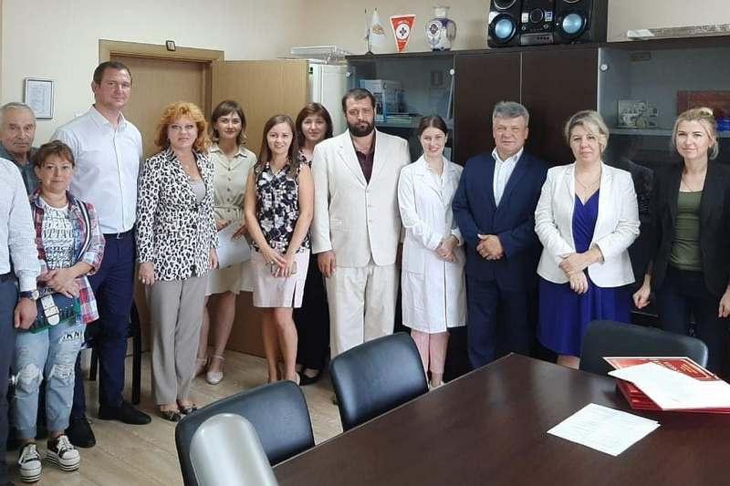 Сотрудники территориального ветеринарного управления получили награды в профессиональный праздник