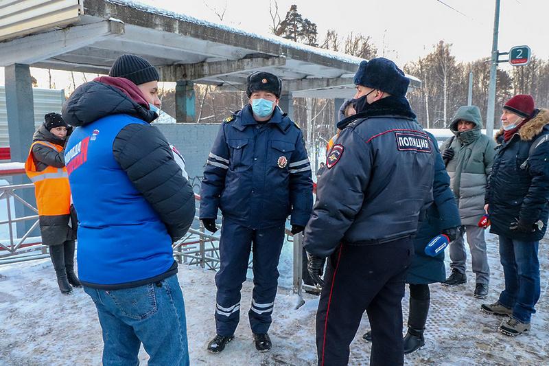 В Мытищах сотрудники полиции провели рейды на железнодорожных станциях