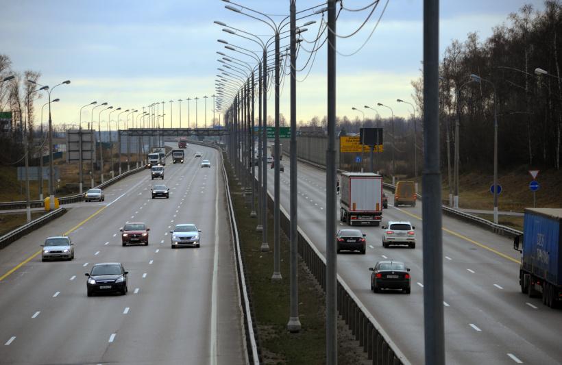 Свыше 95 нарушений вдоль Дмитровском шоссе выявили с начала года
